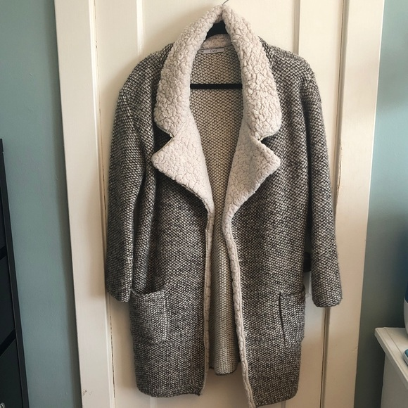 Teddy style coat/cardigan with faux Sherpa lapel